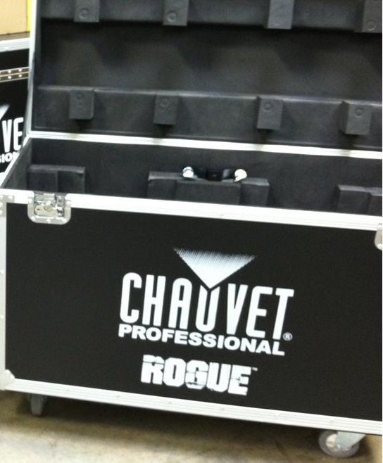 chauvet-pro-cpdualcase-a2-dual-rogue-r2-spot-beam-case.jpg